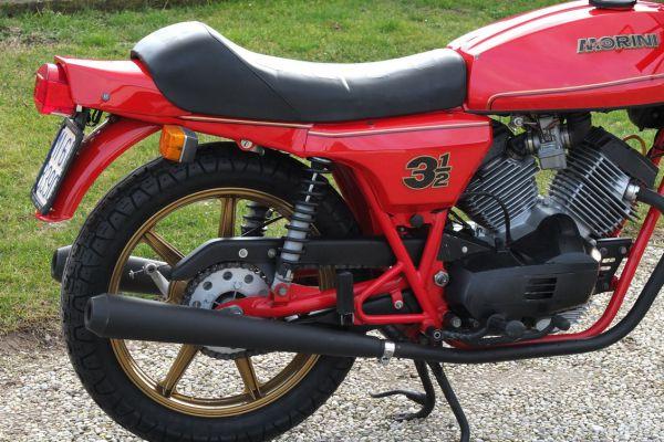 morini-350sport-milano-1361D7A3A2-51C3-FAE2-3471-4B2412BCD583.jpg