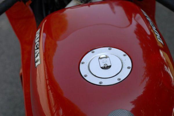 ducati-851-mario-0428091549-7101-E475-2315-0F2441C5A799.jpg