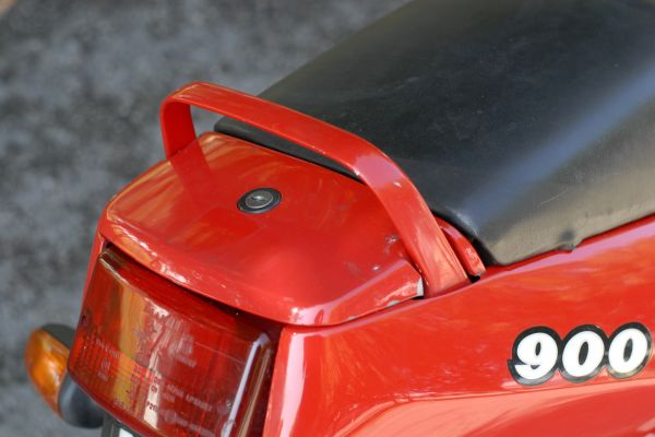 ducati-900ss-scorze-07BBAD6316-F3C8-5373-D8AE-DE7BDBBDF688.jpg
