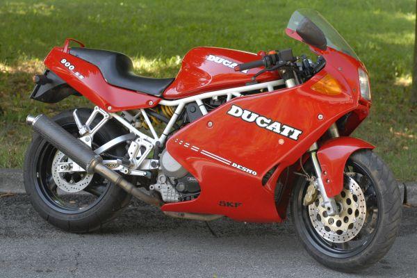 ducati-900ss-scorze-1197B84A27-393F-D924-3495-214E7B1C770A.jpg