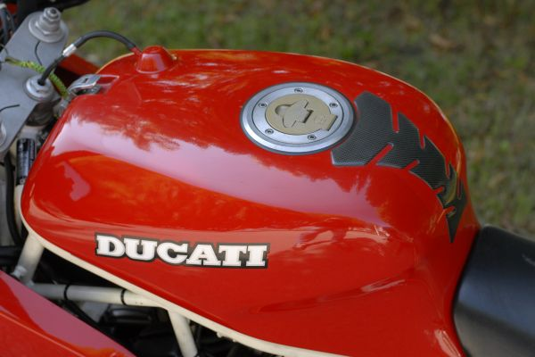 ducati-900ss-scorze-15E11FD5D5-0329-8120-FD38-6E7B51F937E2.jpg