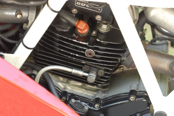 ducati-900ss-scorze-17F7F7F925-4BDB-342D-90C5-DACEB26D83DB.jpg