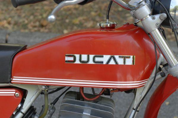 ducati-regolarita-15FA7A3B67-CCEC-5EE0-E33D-BBD14E24E439.jpg