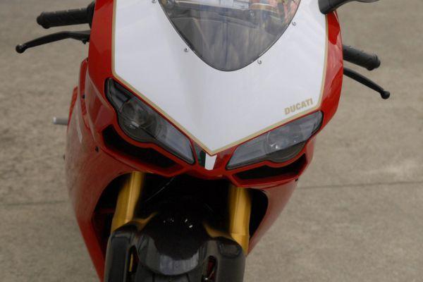 ducati-1098-r-14FAC25E90-28A3-1765-820E-DEB5FD46FFD8.jpg